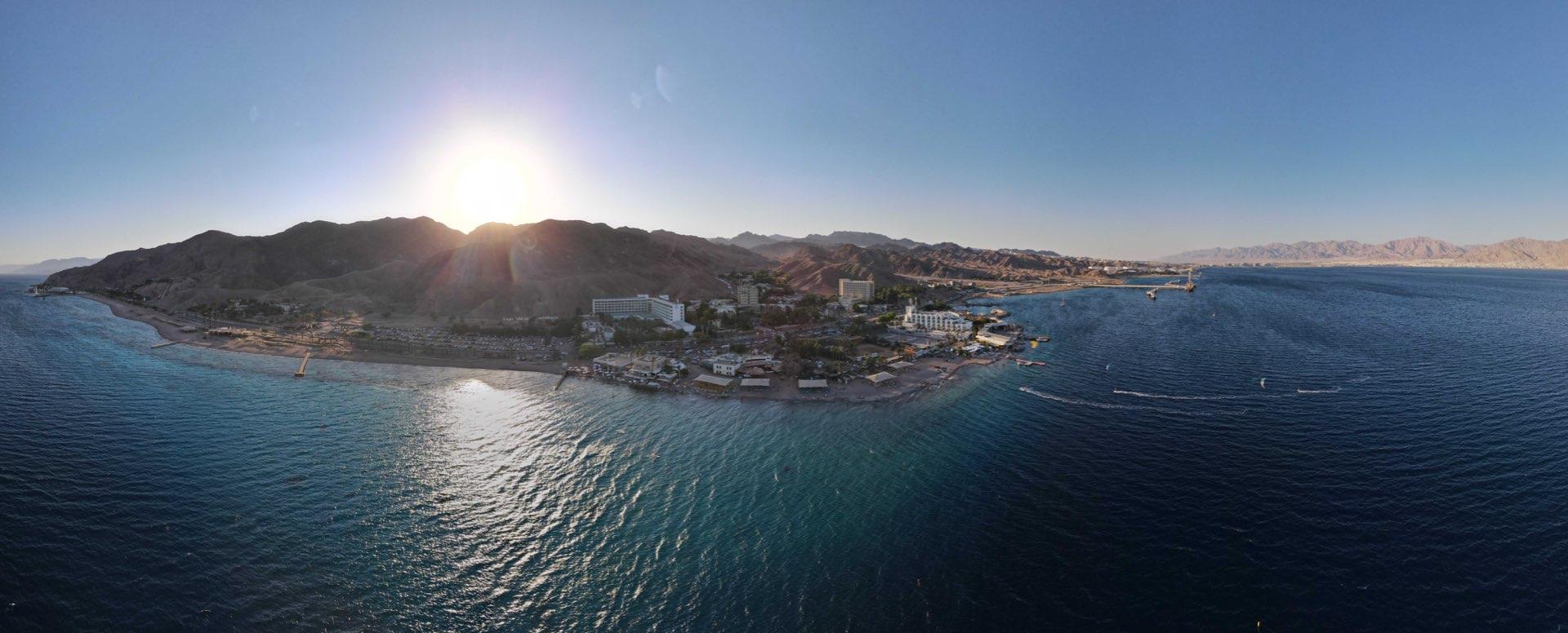 צילום פנורמי של מפרץ אילת